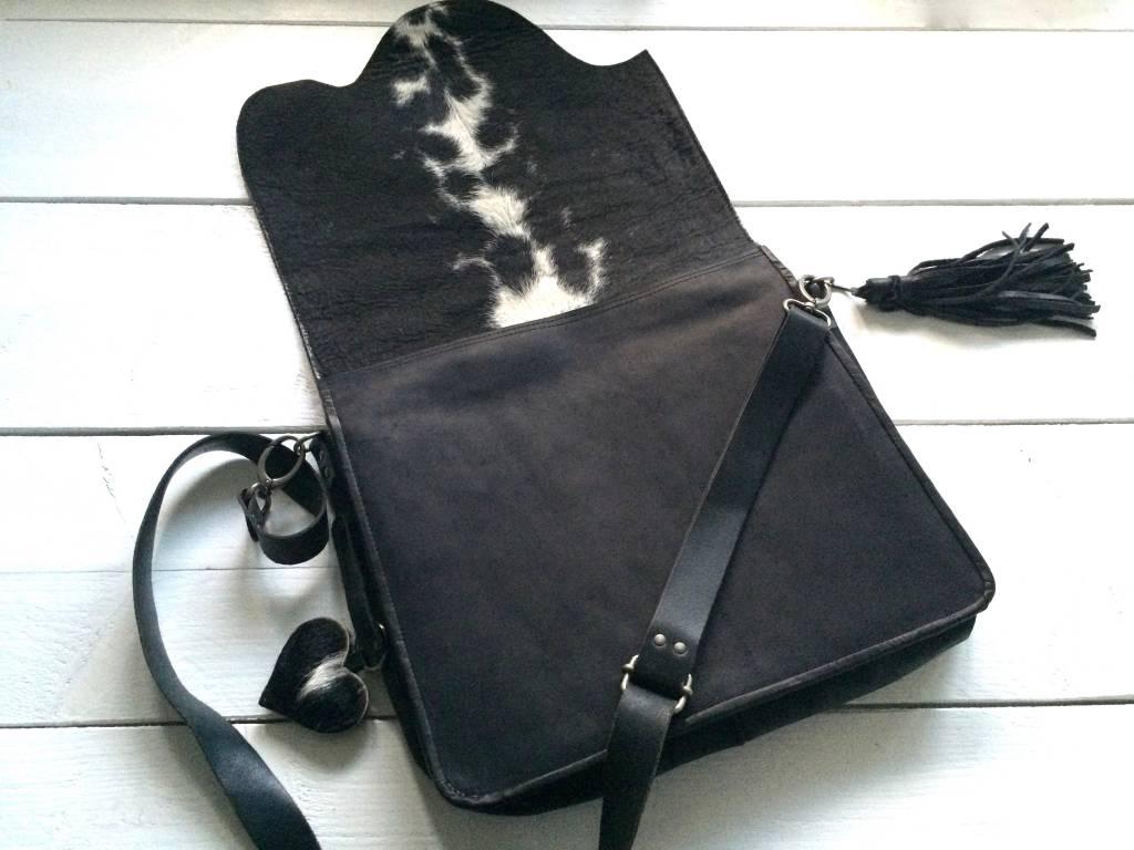 NERO Koeienhuid messenger bag