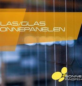Set van 9 Duitse 320 Wp mono glas glas zonnepanelen van Sonnenstromfabrik,en Clickfit Evo  montagesysteem voor pannendaken opstelling 3x3