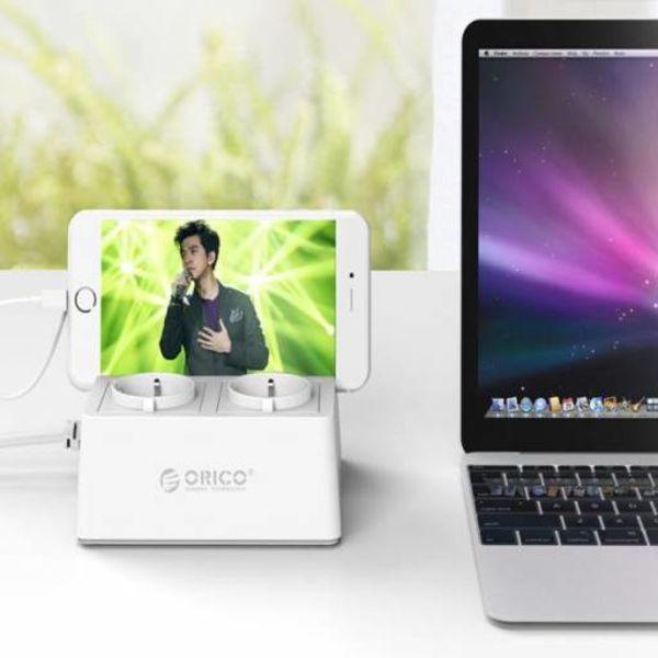 Orico Anschlussdose mit 2 Sockets und 5 USB-Lade Ports - Tablet / Smartphone Stand - 2500W - Inkl. Ein / Aus-Schalter und Überspannungsschutz - White