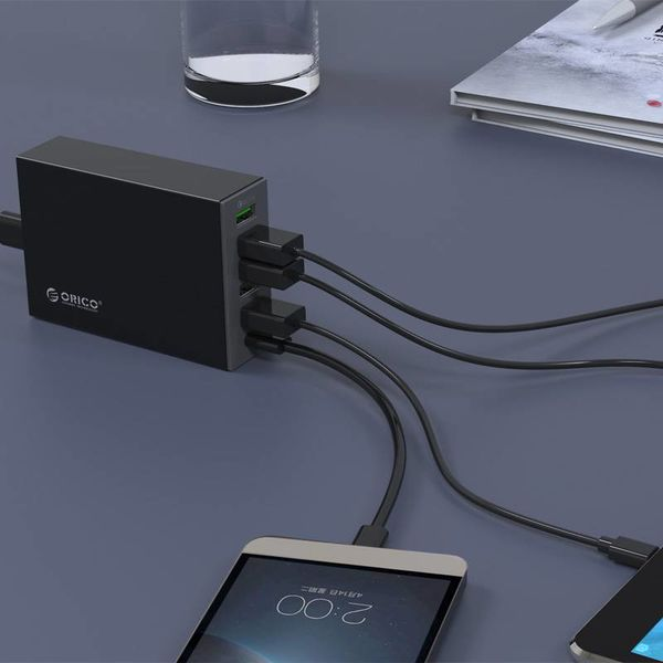 Orico Modern desktop charger with Quick Charge 2.0 - 5x type-A USB charging ports -x 1 type-C USB charging port - Intelligent Chip - 50W - Black
