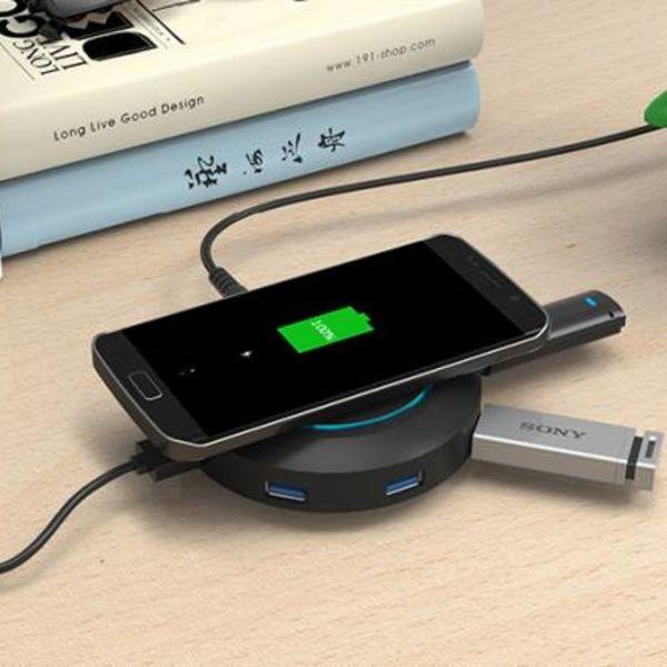 Orico USB-Poort lader met Qi draadloze oplaadmodus - 4x USB Type-A laadpoorten - Incl. 12V Stroomadapter - Zwart
