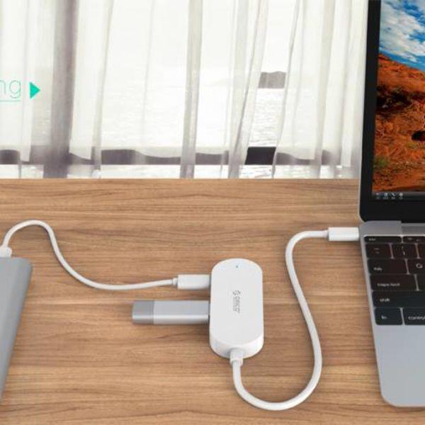 Orico Concentrateur de type C avec 3 ports USB-A et 1x port USB-C - Câble intégré de 30 cm - Indicateur LED - Blanc