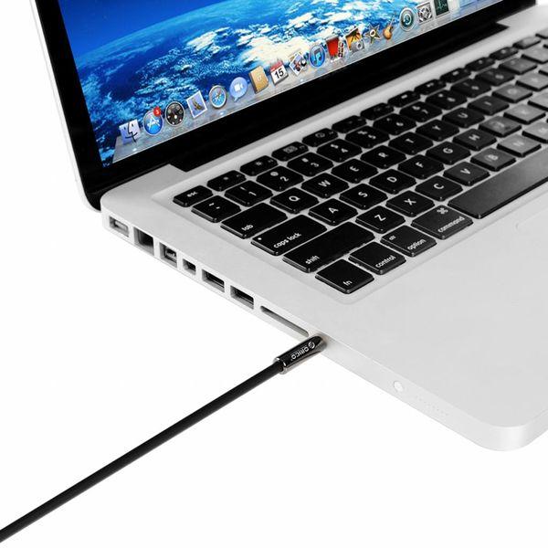 Orico 3.5mm male naar male AUX kabel - Goud vergulde connectoren - Lengte: 1 meter - Zwart