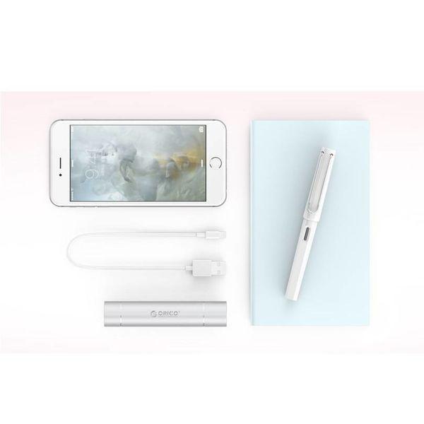 Orico Mini banque d'alimentation en aluminium 3350mAh - Lampe de poche incluse - Argent
