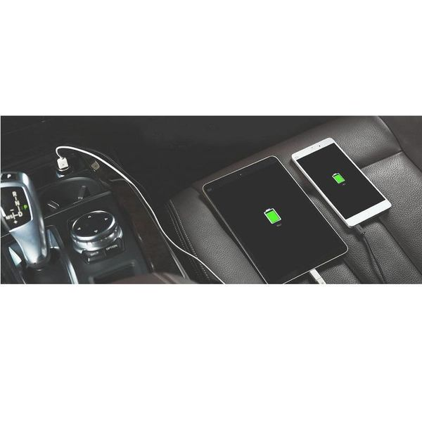 Orico Stilvolles Autoladegerät mit USB-C- und USB-A-Anschlüssen - Aluminiumlegierung - 12V / 24V - max. 5V-3,1A - Intelligenter Chip - Schwarz