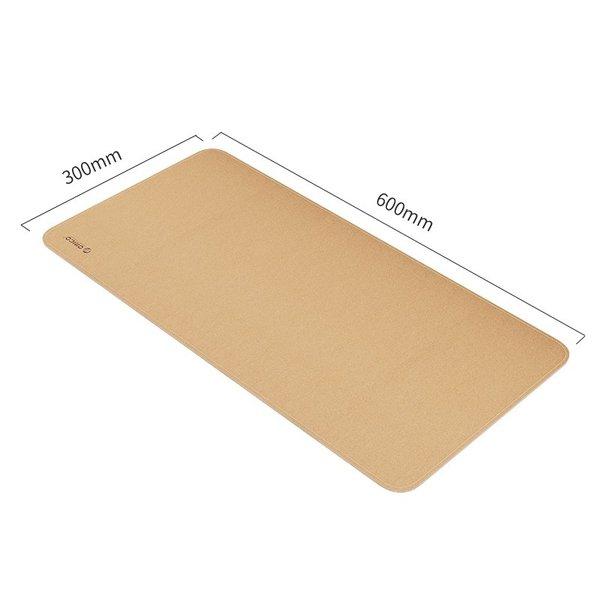 Das robuste Korkmauspad (30 x 60 cm) kann auf beiden Seiten verwendet werden