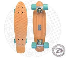 """Land Surfer fish skateboard """"peach"""" met mintgroene wielen"""