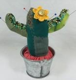 """Patchworkarbeit """"Nadelkissen Kaktus"""""""