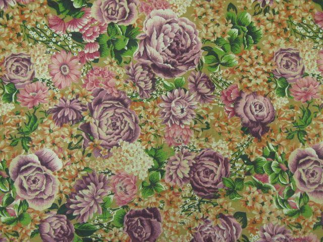 Patchworkstoff lila Rosen senffarbener Grund