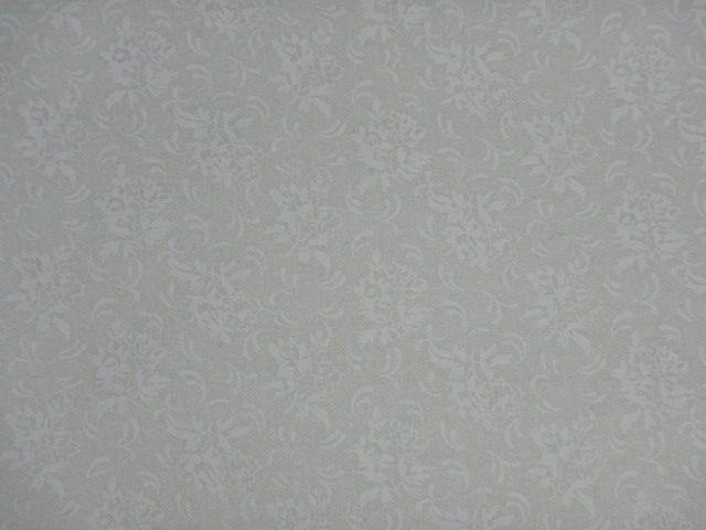 Patchworkstoff weiße Blumen auf weiß