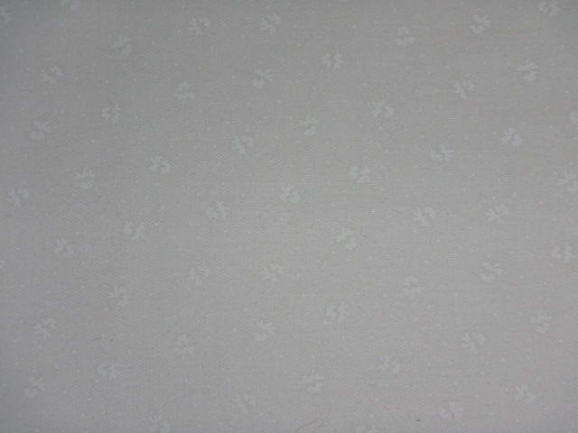 Patchworkstoff weiße Streublümchen weiß