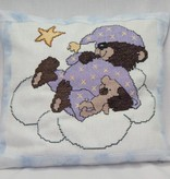 Kissen schlafender Teddybär gestickt