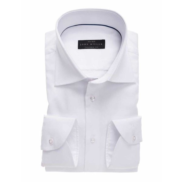 Dress shirt wit