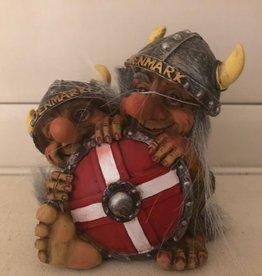 Trol achter schild Denmark