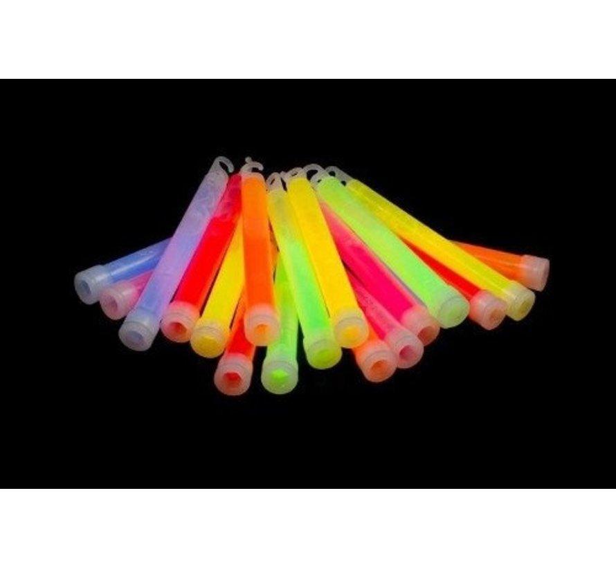 "25 x 6 ""Glow Sticks Mixed | Bâtons lumineux 15 cm x 10 mm"