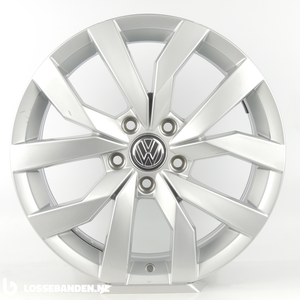 Volkswagen Original Volkswagen Golf 7 Sportsvan 5GM601025P Karlskoga Rim