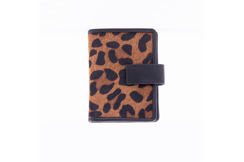 DSTRCT Pasjeshouder Billfold - RFID - Leopard