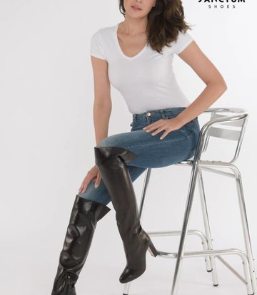 Bold italian leather boots with chunky heels