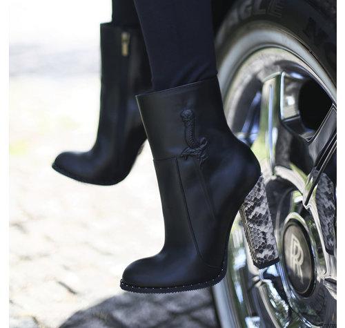 Yarose Shulzhenko Cool 'Dagger' Designer ankle boots
