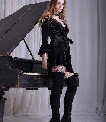 Yarose Shulzhenko Designer Italian high platform thigh boots in suede