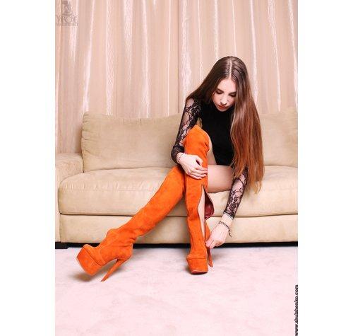 Yarose Shulzhenko Designer Oranje hoge platformlaarzen