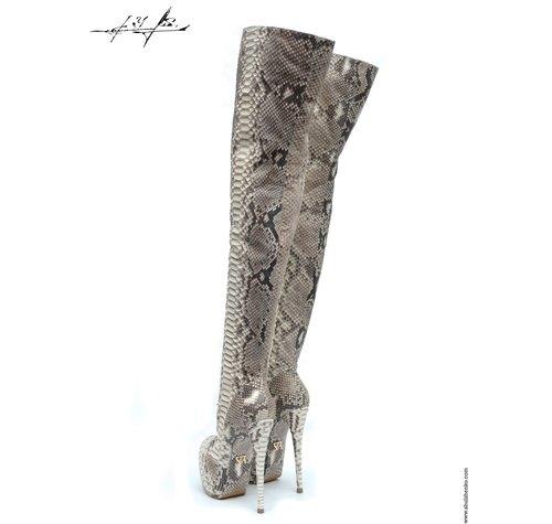 Yarose Shulzhenko Designer python thigh boots