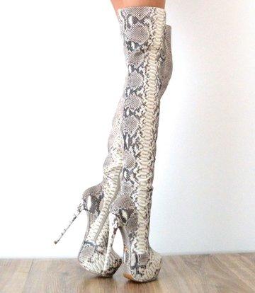 Yarose Shulzhenko Designer Italiaanse python platform dijlaarzen