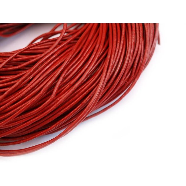 Brick red Leather thickness 2 mm. length 5 meters