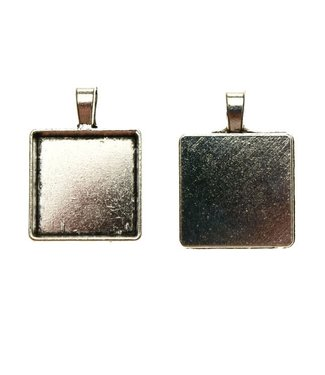 Pendant Square Silver Colored per piece