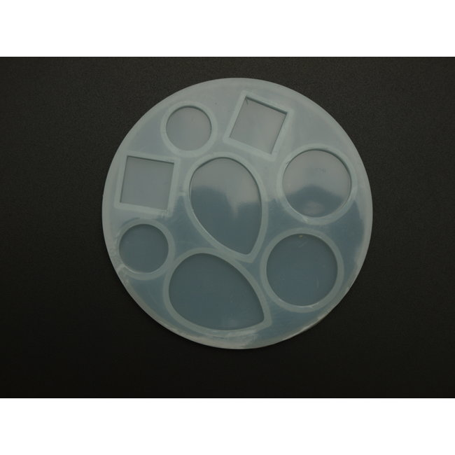 Silicone mold (20) various shapes