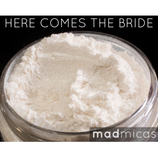 MadMicas Mica Poeder Here Comes The Bride White