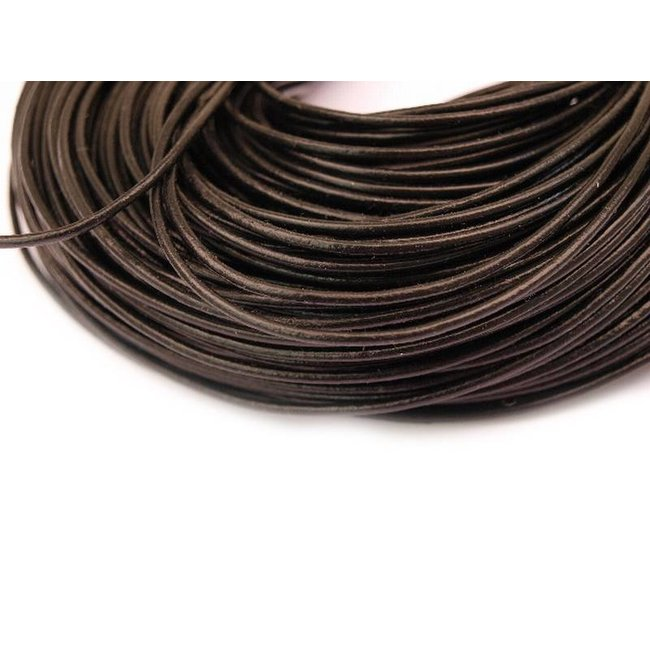 Black Leather thickness 2 mm. length 5 meters