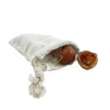 Cotton washbag for ussing soapnuts.