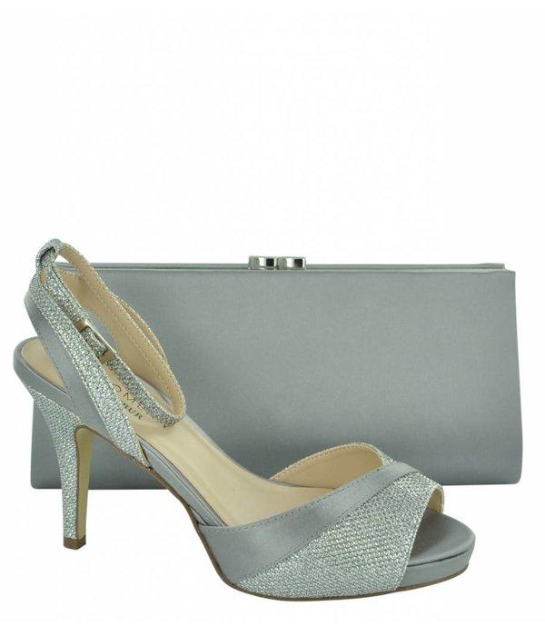 wholesale dealer 61067 29f14 82548 Women's Clutch Bag