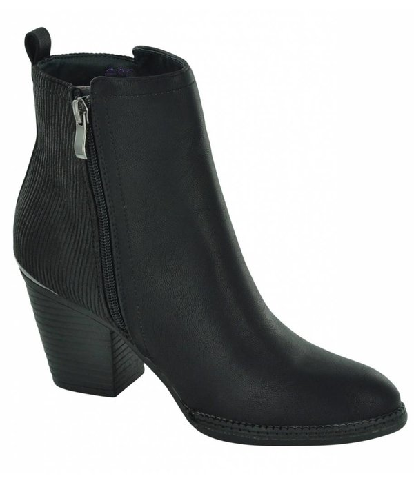 Escape Salem Women's Ankle Boots