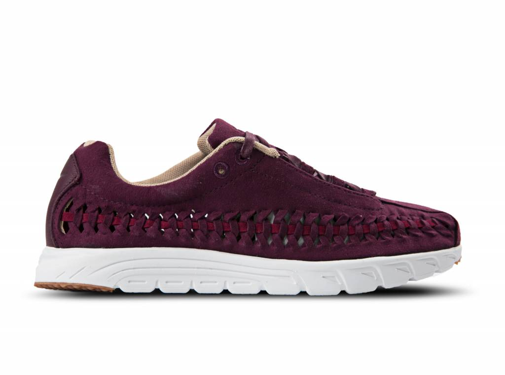 566625cf3fd063 WMNS Mayfly Woven Night Maroon Noble Red Summit White 833802 600 will be  added to your shopping card