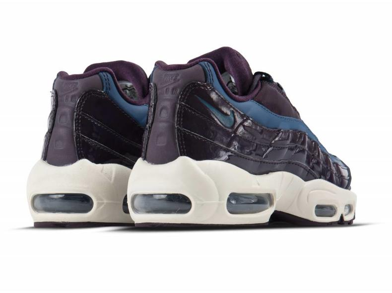 best service 161ec 6bd46 Air Max 95 SE Premium Port Wine Space Blue AH8697 600