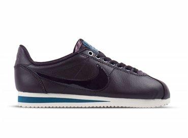 Nike Classic Cortez SE Premium Port Wine Space Blue AJ0135 600