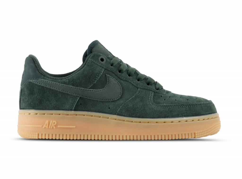 c2e2a33ece3 WMNS Nike Air Force 1  07 SE Outdoor Green AA0287 300 - Bruut Online ...