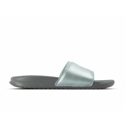 WMNS Benassi JDI BP Metallic Silver AO4642 001