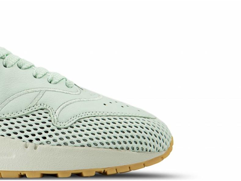 reputable site d7922 5ceb8 WMNS Air Max 1 SI Barely Green Barely Green AO2366 300