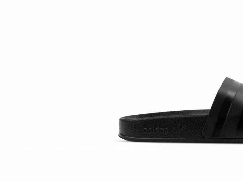 Adilette Core Black Core Black Core Black CQ3094