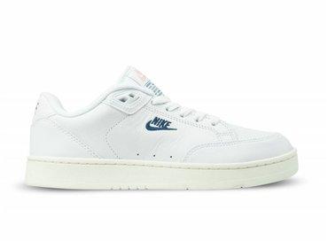 Nike Bruut Online Shop & Sneakerstore