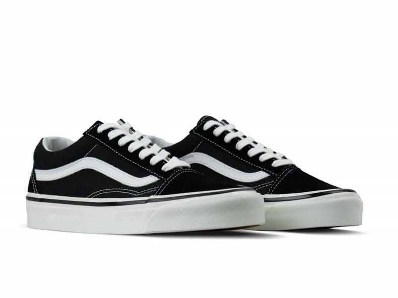 Old Skool 36 DX Anaheim Factory Black VN0A38G2PXC