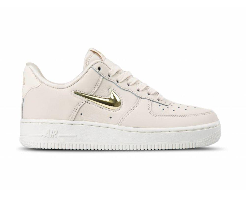 Nike Air Force 1 07 LX Womens PhantomGoldWhite AO3814 001