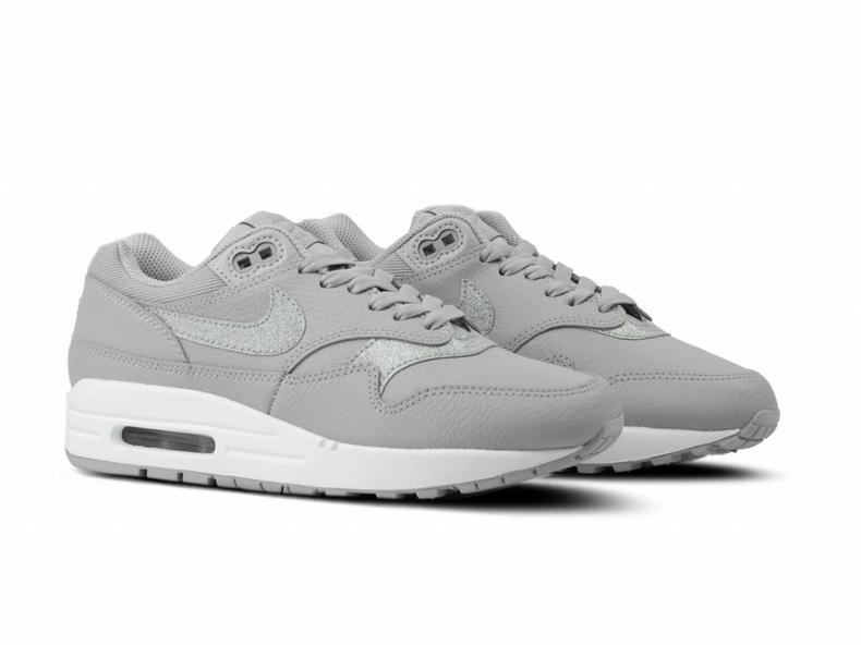 Nike W Air Max 1 SE Wolf Grey Pure Platinum White AT0072 001  b859f5ce9