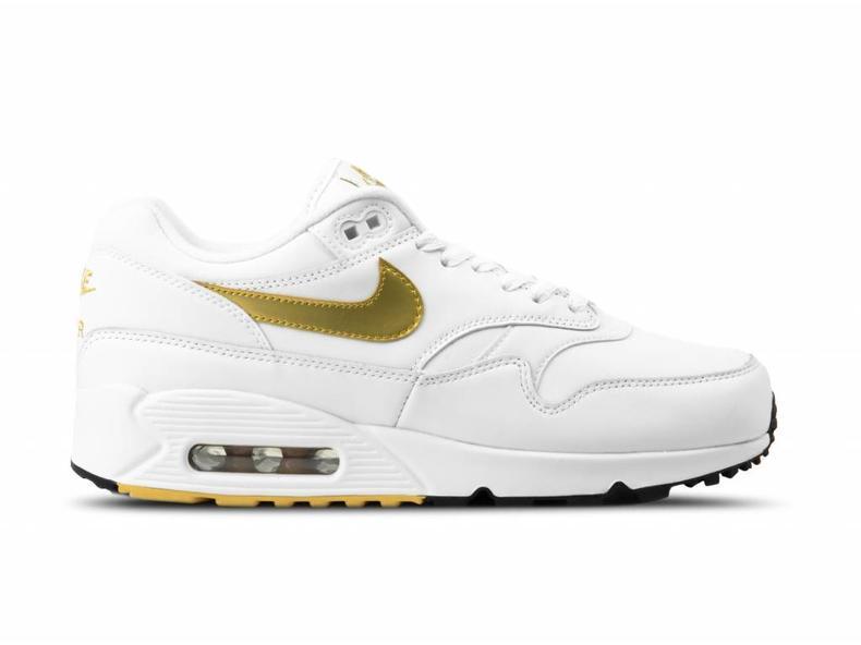 a3d5c183e6c4 Nike Air Max 90 1 White Metallic Gold Black AJ7695 102