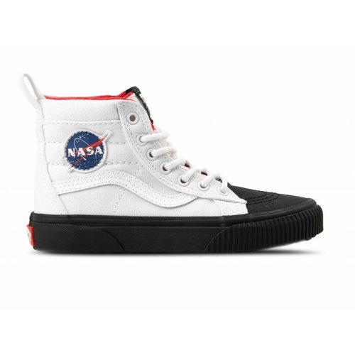 Sk8 Hi MTE Space Voyager White Black VN0A2XSNUT01