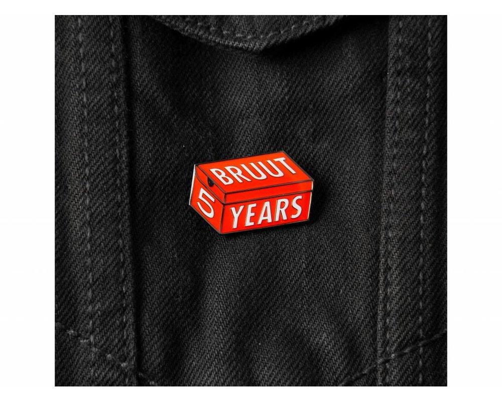 Bruut 5 Years Pin