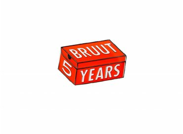 Bruut 5 Years Pin
